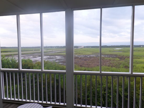 Sunset Beach, Carolina del Norte: view from the back deck