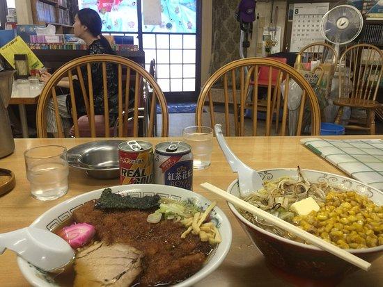 Azusa: Pork special ramen & butter corn miso