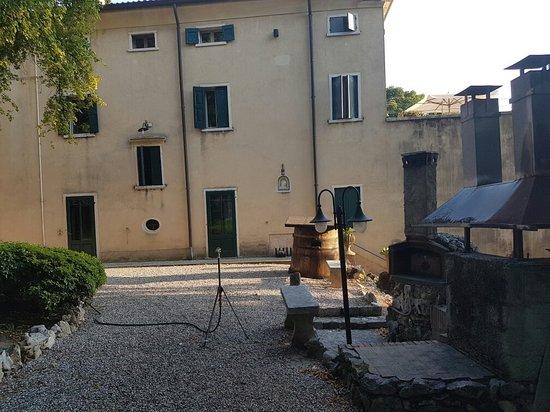 Gargagnago di Valpolicella, Italy: 20160719_193130_large.jpg