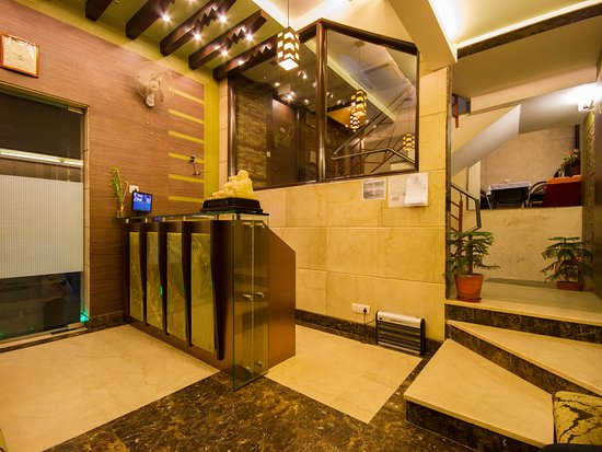 FabHotel Sunstar Karol Bagh: Reception