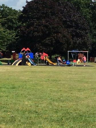South Ockendon, UK: Play Area