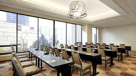 Sheraton Centre Toronto Hotel: Yorkville Room