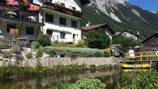 Pettneu am Arlberg, Austria: 20160808_150350_large.jpg