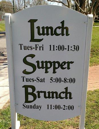Appomattox, VA: The Hours