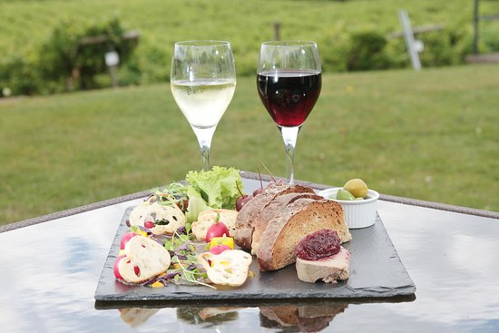 Three Choirs Vineyard : Charcuterie board