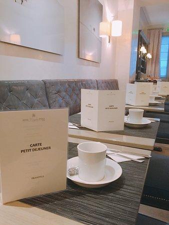 Royal Magda Etoile Hotel: photo1.jpg