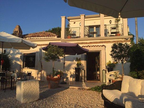 The Olive Inn : photo0.jpg