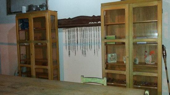 Pousada Bosque dos Aruas : Detalhe da mobília do restaurante