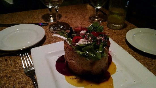Scituate, MA: Beet salad - lovely presentation!