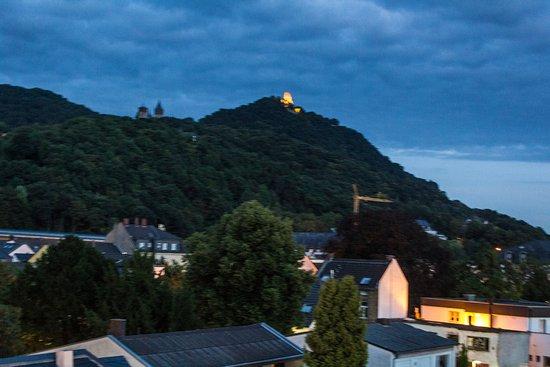 Drachenfelshotel: Ausblick auf den Drachenfels