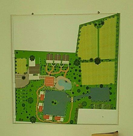 Battambang Resort: 20160810_231855_large.jpg