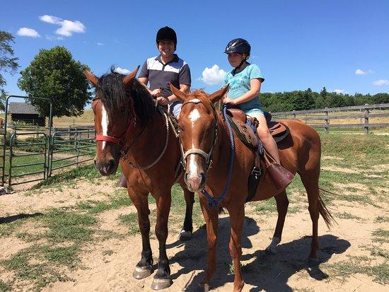 Uxbridge, Canadá: Horseback Trail Ride