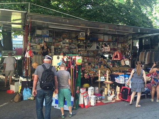 Luino Market: Sogar Tiere werden da verkauft 😢