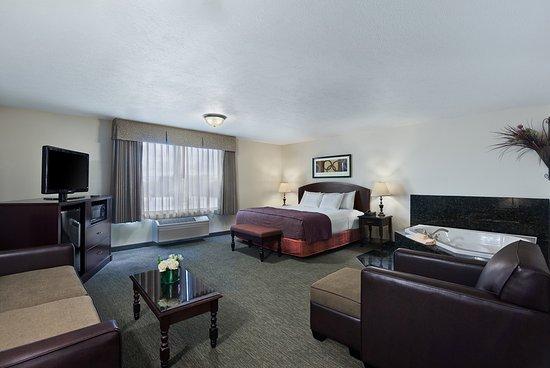 Oxford Suites Downtown Spokane: Oxford Premium Suite