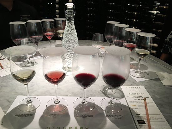 St. Supery Winery : Private tasting. Fantastic.