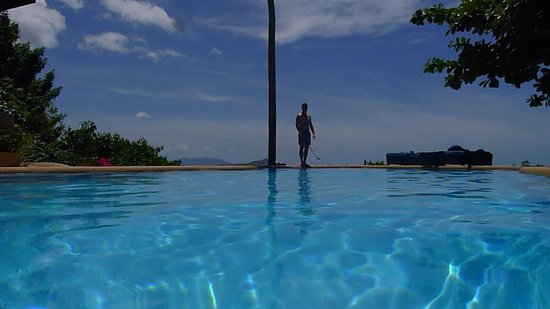 Samui Mountain Village: Swimming in salt water pool is like being in a giant tear drop. So soothing to the eyes and skin