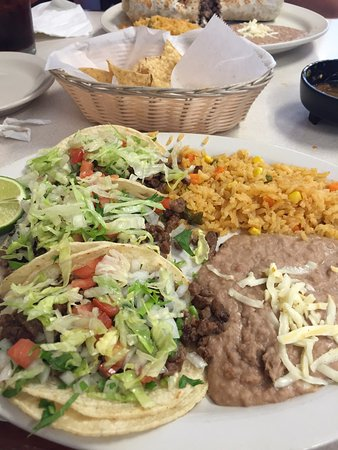 Fox River Grove, IL: Steak Taco plate