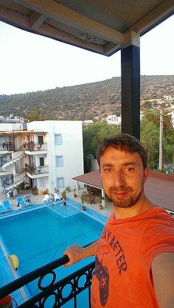 Merve Apartments: IMAG0325_large.jpg