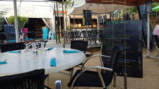 Saint-Martin-de-la-Place, Frankrike: TA_IMG_20160810_200746_large.jpg