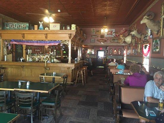Cadillac, MI: Maggie's Tavern
