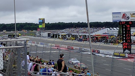 Long Pond, PA: Excitement runs at 200 mph at Pocono Raceway