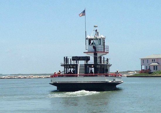 Locals call her Island Queen 11, the ferry of Port Aranas, Texas, which connects Port Aransas wi