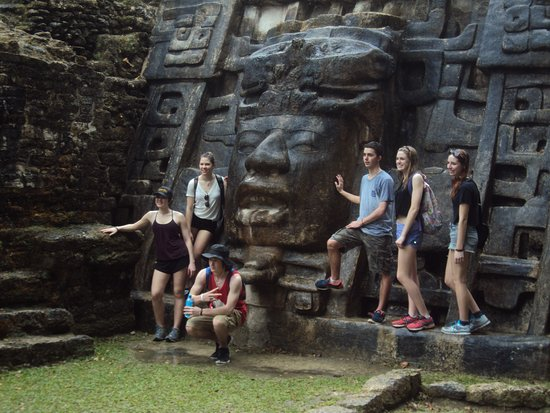 Ladyville, เบลีซ: Our student group visting the beautiful Mayan site in Northern Belize Lamanai