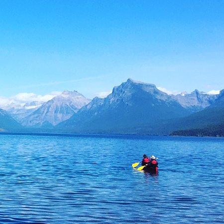 Apgar Village Lodge: Canoe Lake McDonald