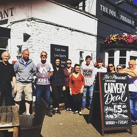 Stoke Poges, UK: Fox and pheasant team