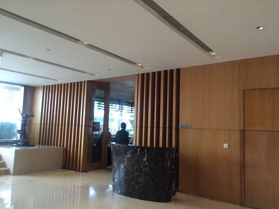 Holiday Inn New Delhi Mayur Vihar Noida Photo