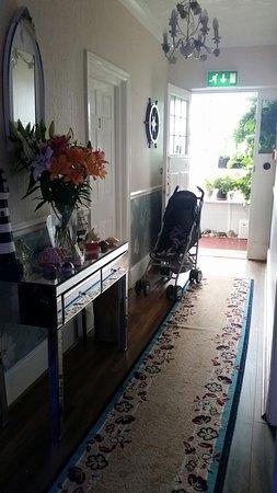 Jasmine House: 20160807_170942_large.jpg
