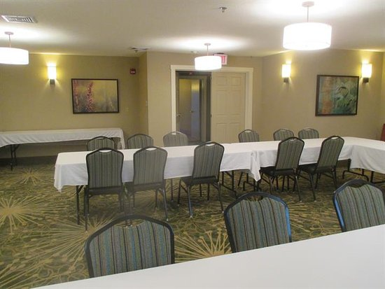 BEST WESTERN Plus Menomonie Inn & Suites: Meeting Room