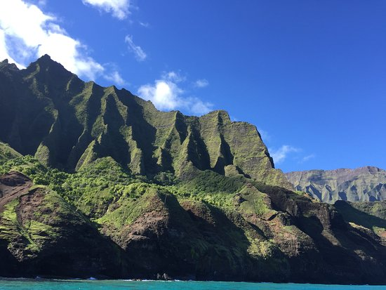 Na Pali Sea Breeze: Na Pali 8/16