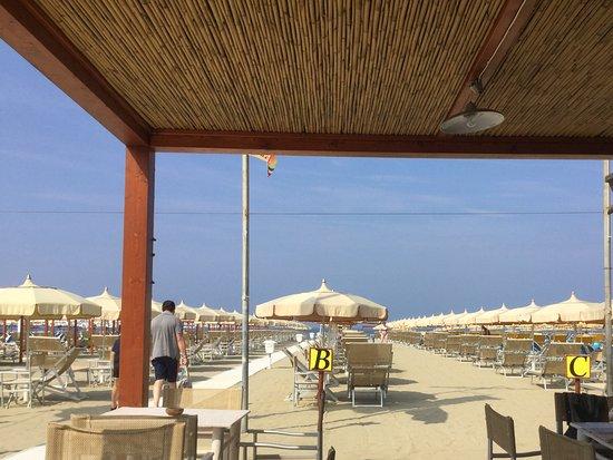Hotel Sirio: Strand
