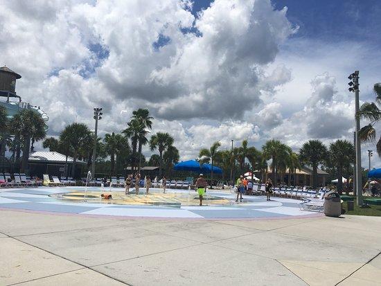 Sun-N-Fun Lagoon: photo3.jpg