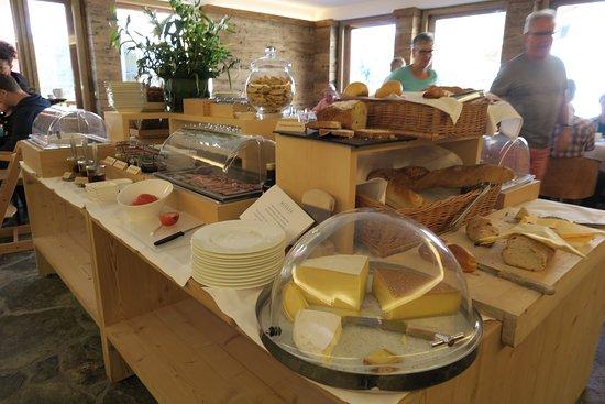 Hotel Müller: Das reichhaltige Frühstücksbuffet lässt keine Wünsche offen