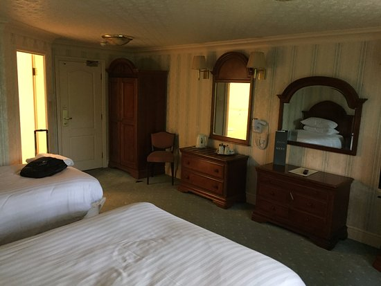Bredbury Hall Hotel: the room that time forgot