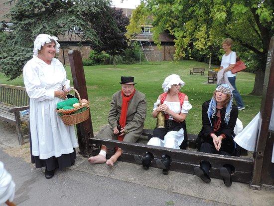 St Peter's Village Tour: Qu'ont ils fait pour être punis de la sorte ?