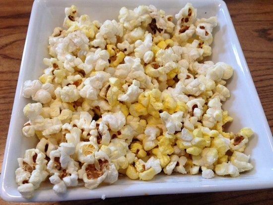 99 Restaurants: Complimentary Popcorn