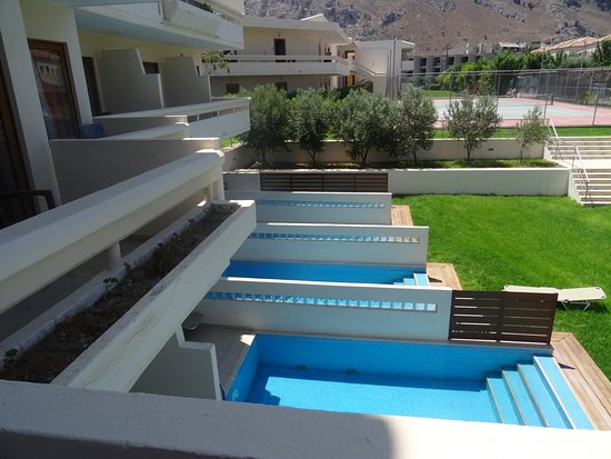 Rooms with private swimming pools (additional fee) - Picture ...