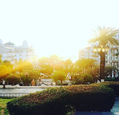 La Grande Poste d'Alger: photo0.jpg