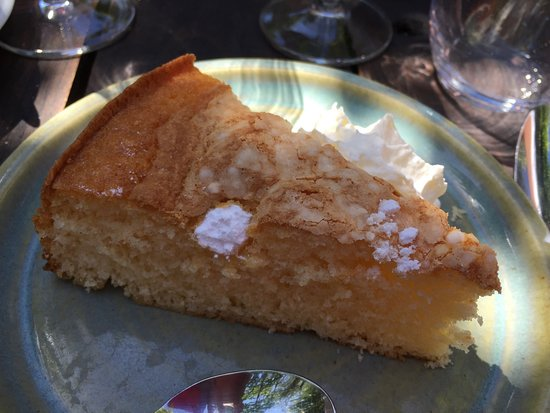 Piegut-Pluviers, Frankrike: Lemon Cake