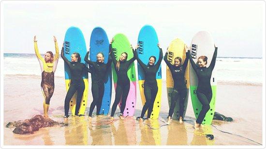 La Pared, Espanha: Surf Unterricht  mit Lachgarantie :-)
