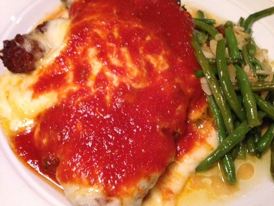 Pittsfield, MA: Chicken Parmigiano Dinner w/Buttered String Beans