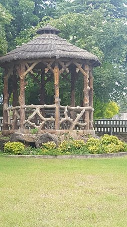 Comfort, TX: Beautiful gazebo crafted with concrete