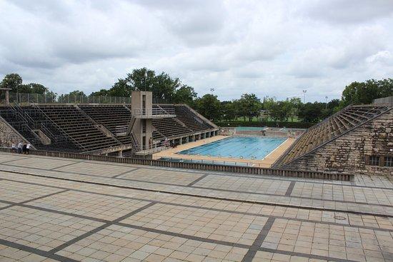 Piscine olympique de 1936 photo de stade olympique - Piscine du stade olympique ...