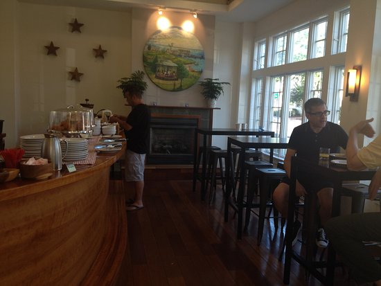 Greenport, Νέα Υόρκη: Continental Breakfast in the lobby
