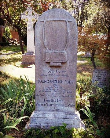 Risultati immagini per tomba keats