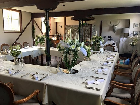 Little Hallingbury, UK: First Floor Restaurant