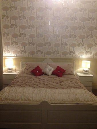 Little Hallingbury, UK: Room 17 - Deluxe Room